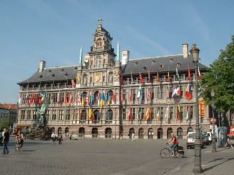 Antwerp_town_hall